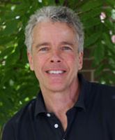 Thomas Schmidt : Professor of Ecology and Evolutionary Biology, College of Literature, Science, and Arts and Department of Internal Medicine, College of Medicine