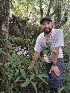 Timothy Y. James : Associate Professor of Ecology and Evolutionary Biology and Associate Curator of Fungi Lewis Wehmeyer Chair in Mycology