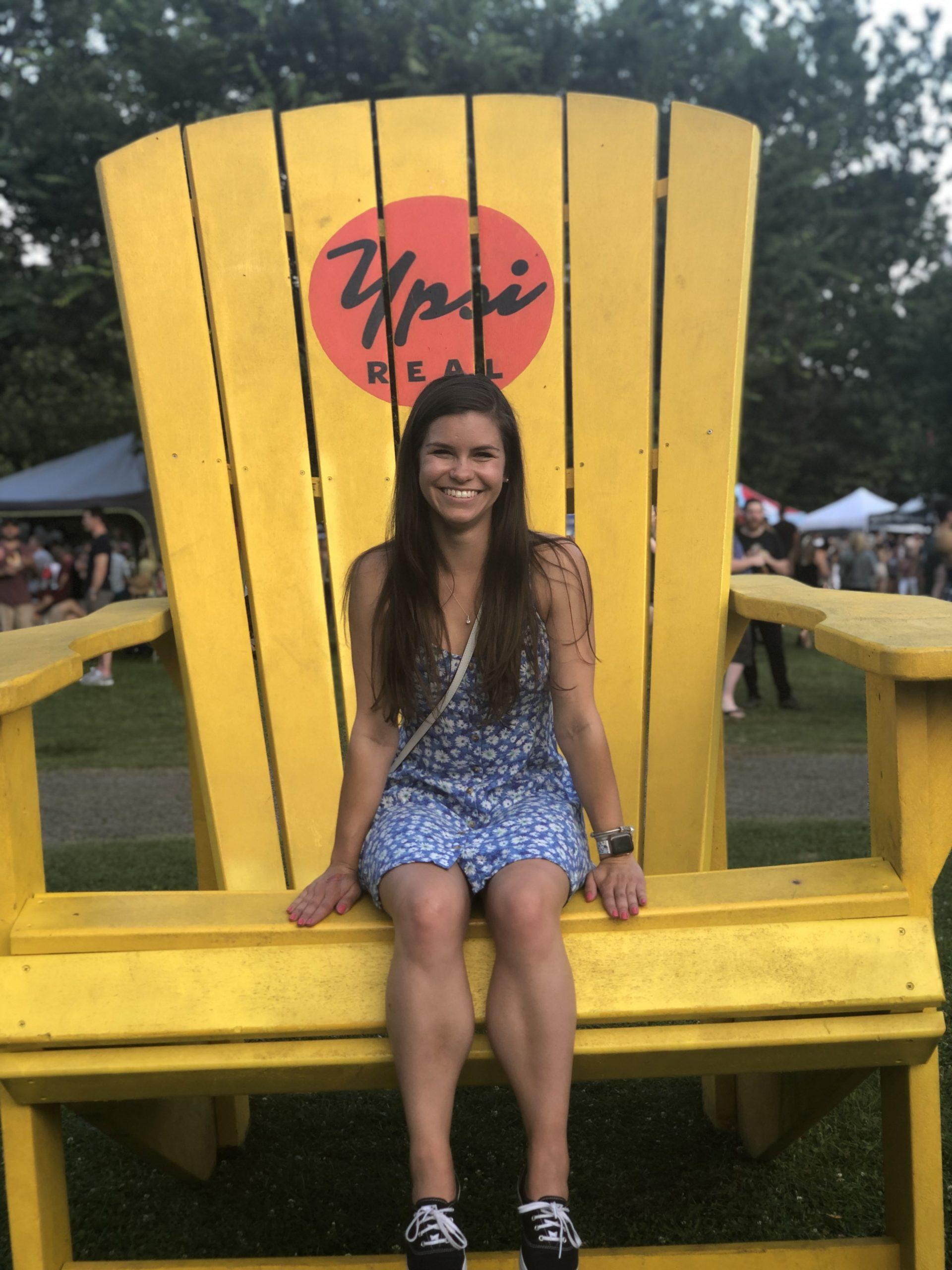 Elli Fackelman : Graduate Student