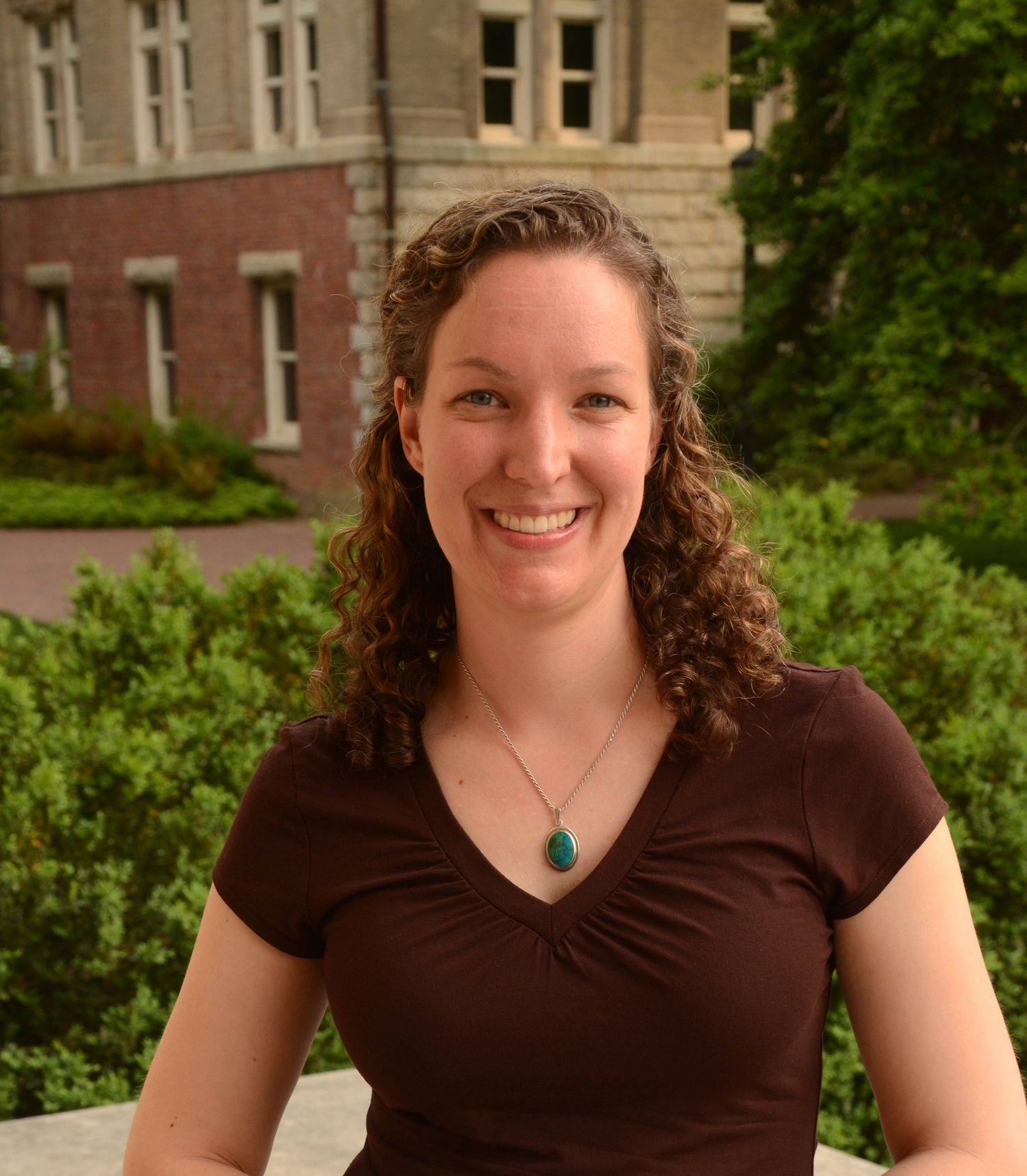 Elizabeth Robinson : Regional Topography and Digital Data Coordinator