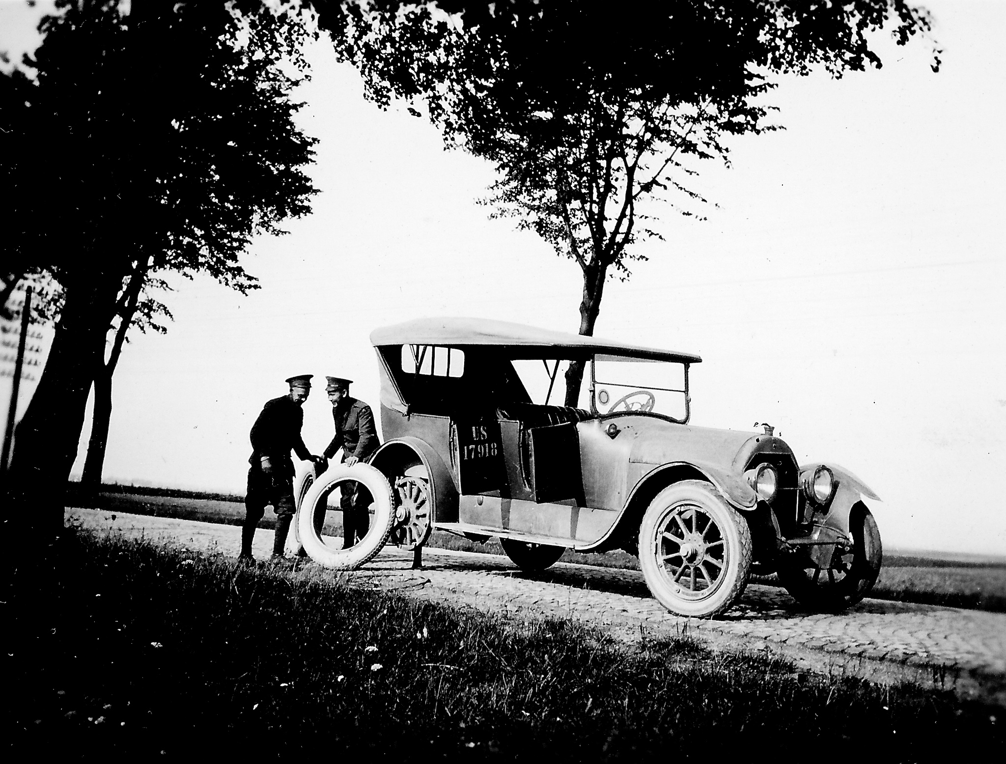black and white photo of a 1920s car