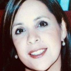 Isabel Hernandez : Bilingual Lab Manager
