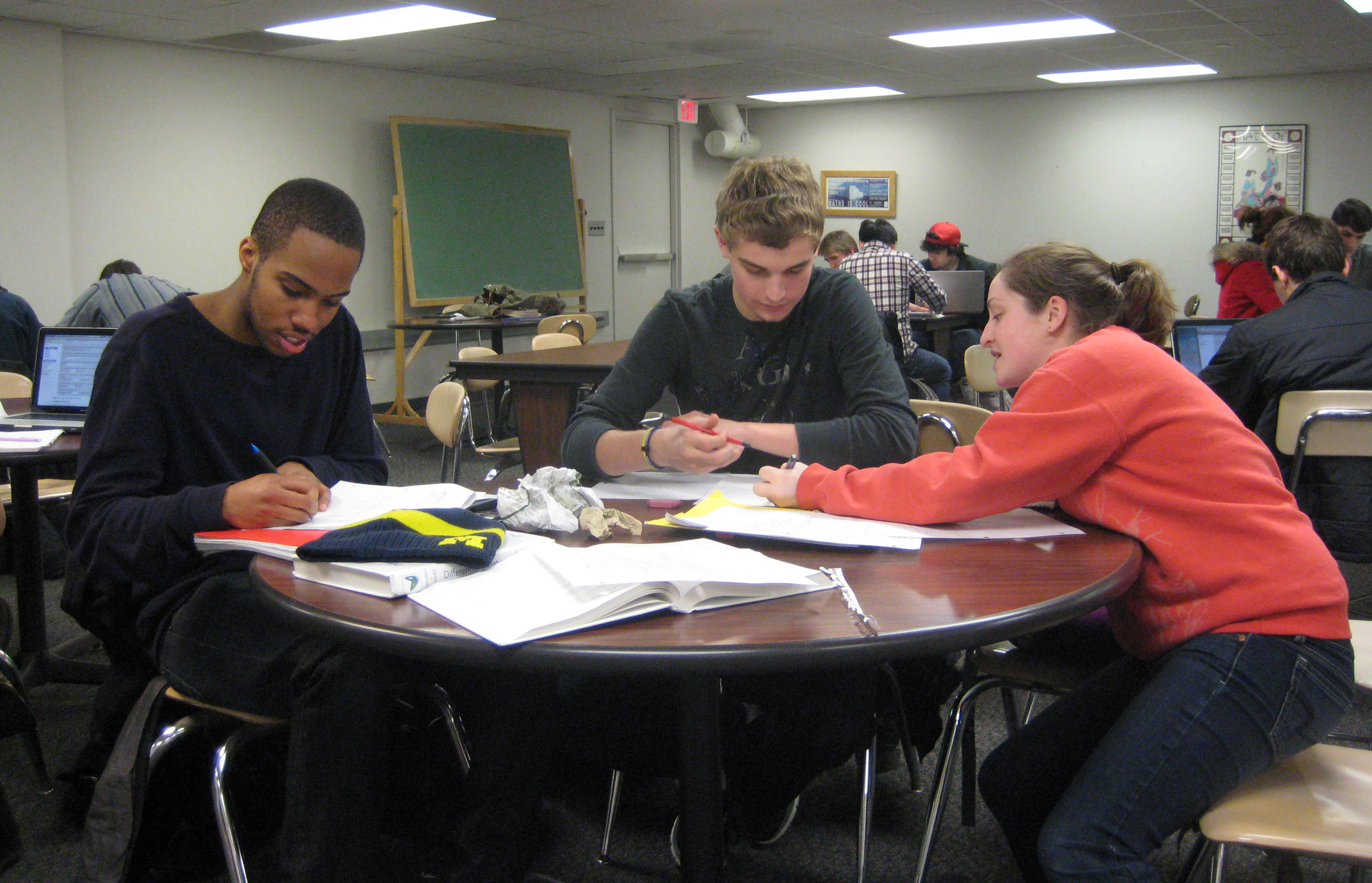 [students working in the math tutoring center]