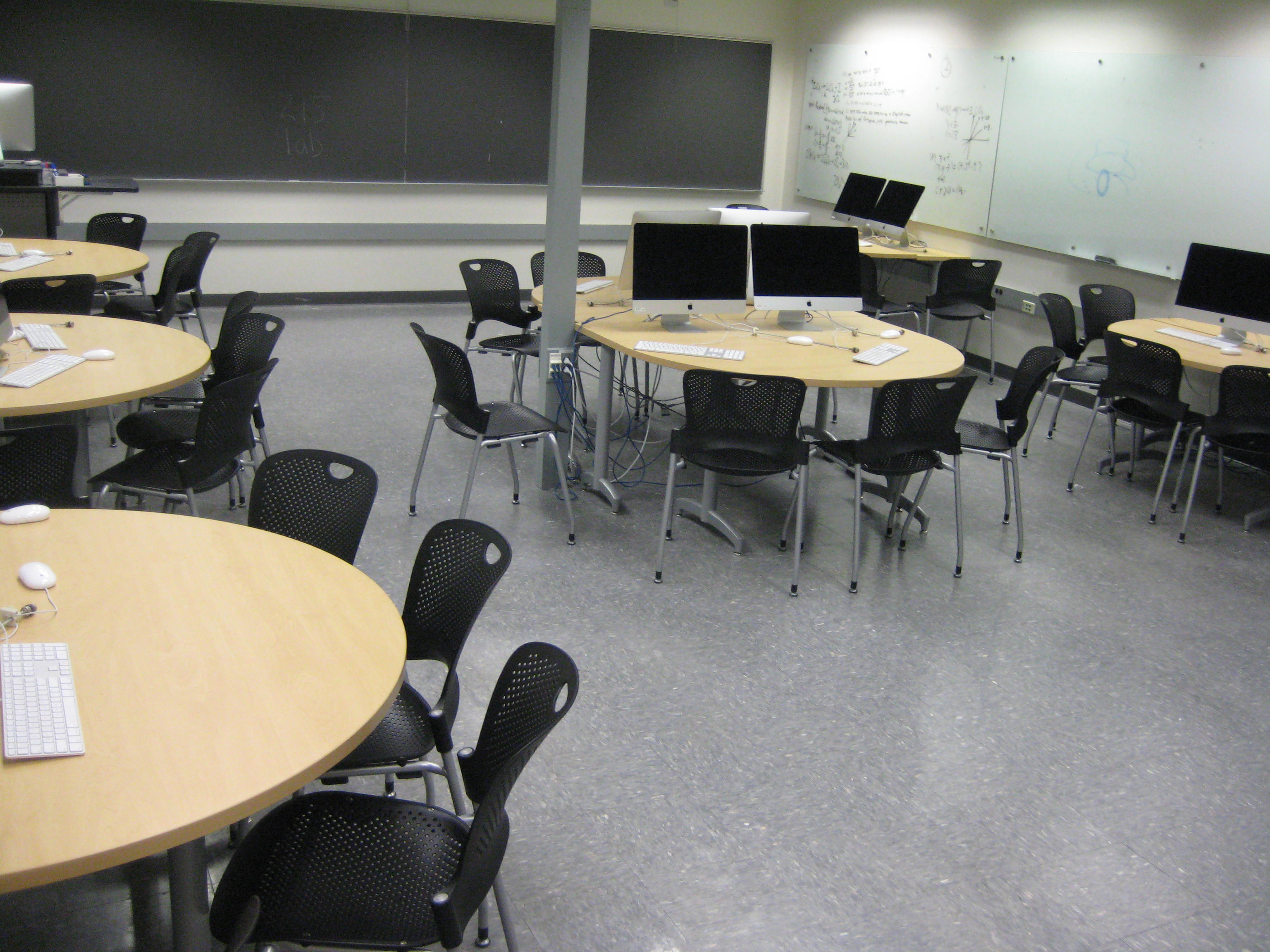 [image of collaborative computer lab]