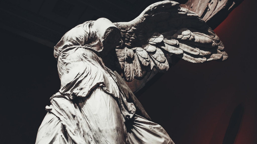 marble sculptureofNike, theGreek goddessof victory