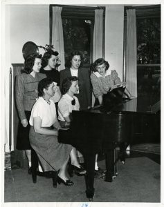 Students at Henderson House