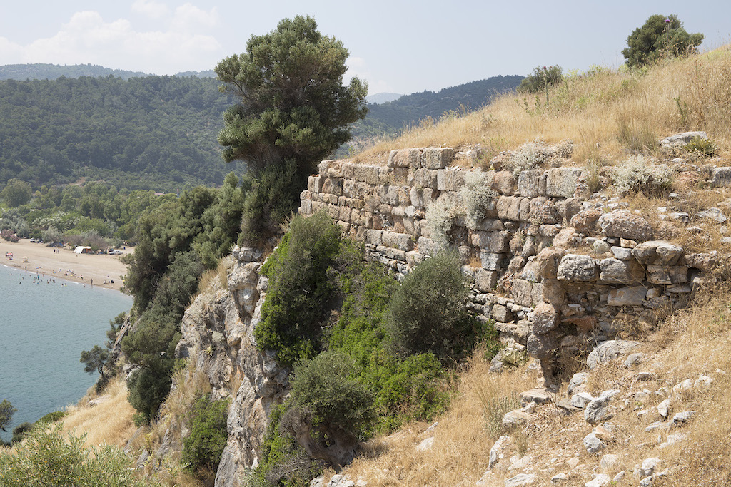 The fortification wall on the west promontory